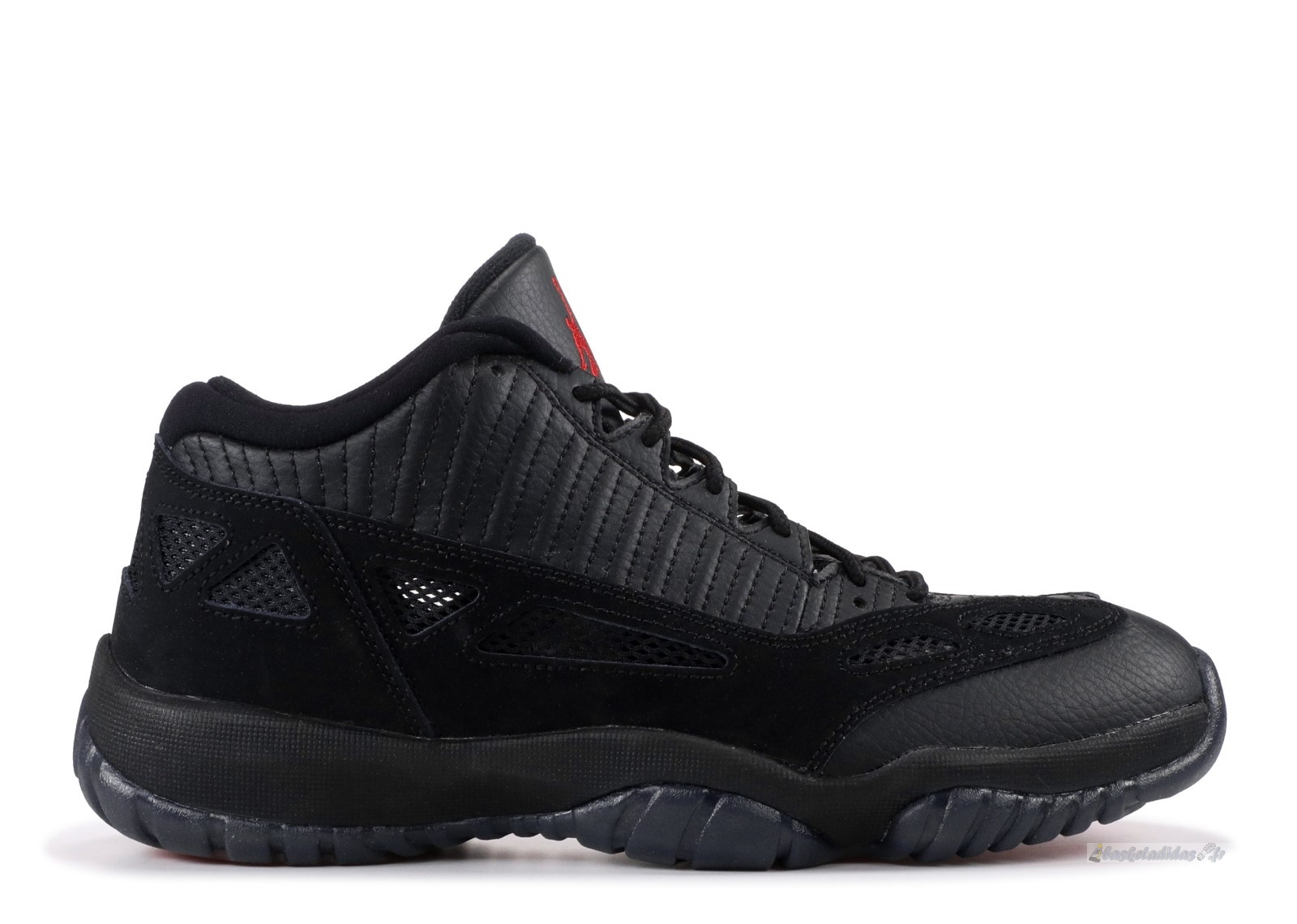 "Chaussure de Basket Air Jordan 11 Retro Low ""Referee"" Noir (306008-003)"