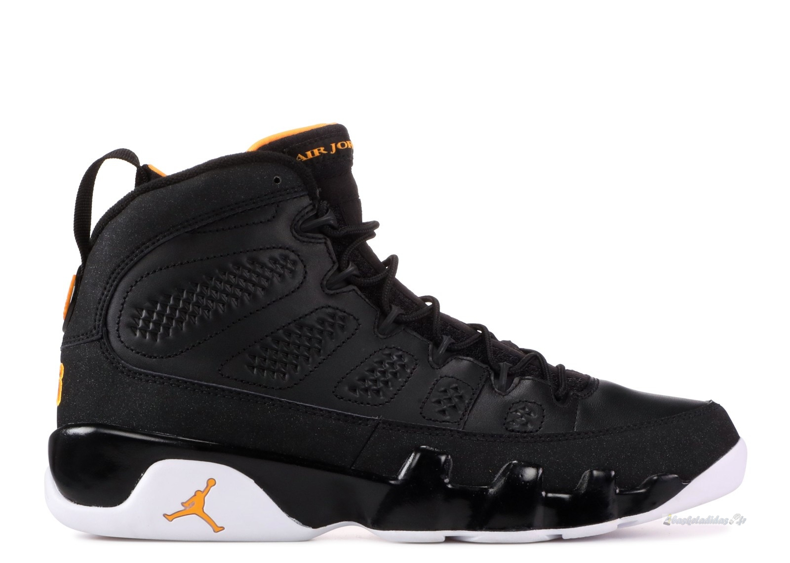 Chaussure de Basket Air Jordan 9 Retro Noir Blanc Orange (302370-004)