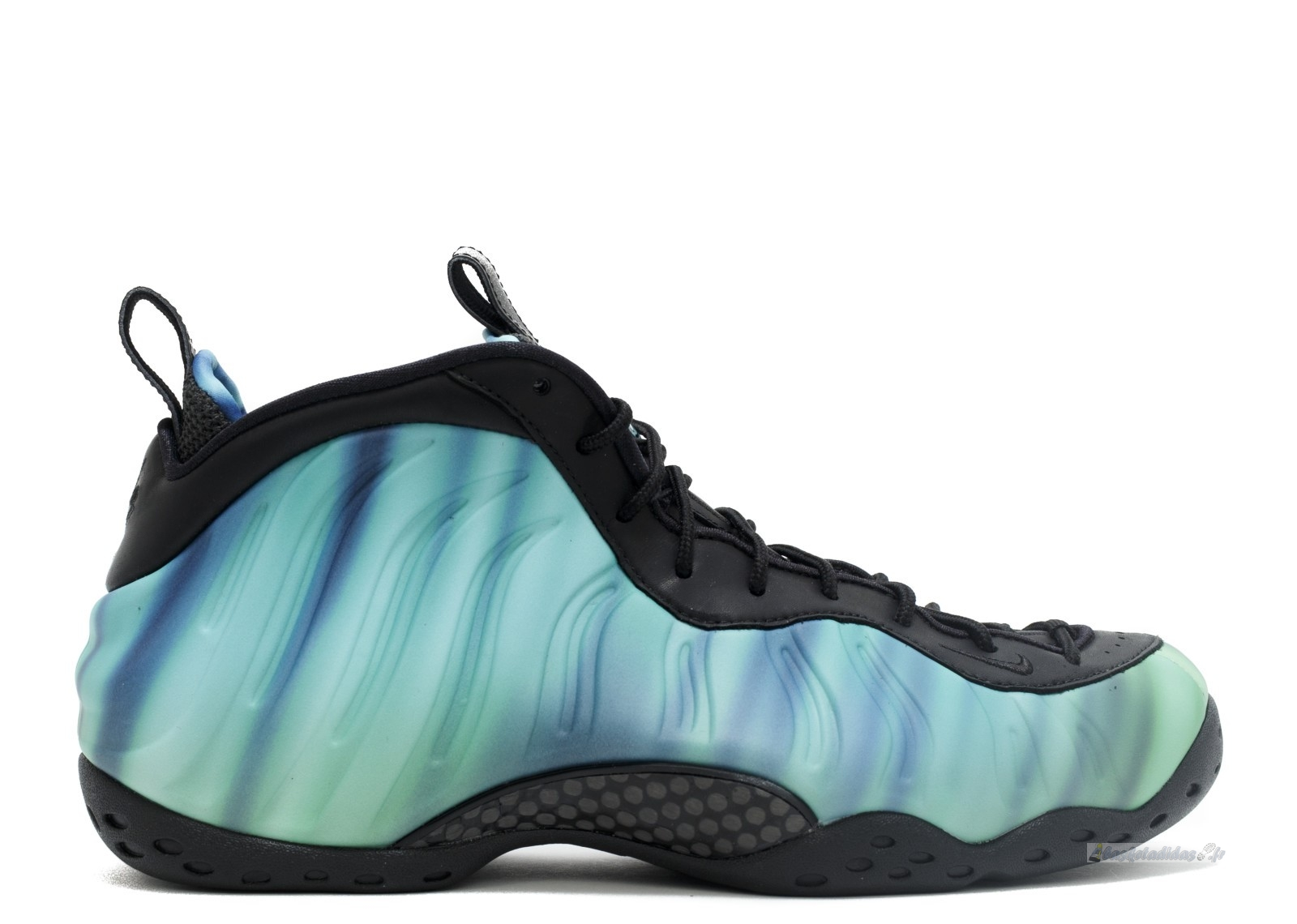 "Chaussure de Basket Nike Air Foamposite One Femme Prm As Qs ""Northern Lights"" Noir Vert Pourpre (840559-001)"
