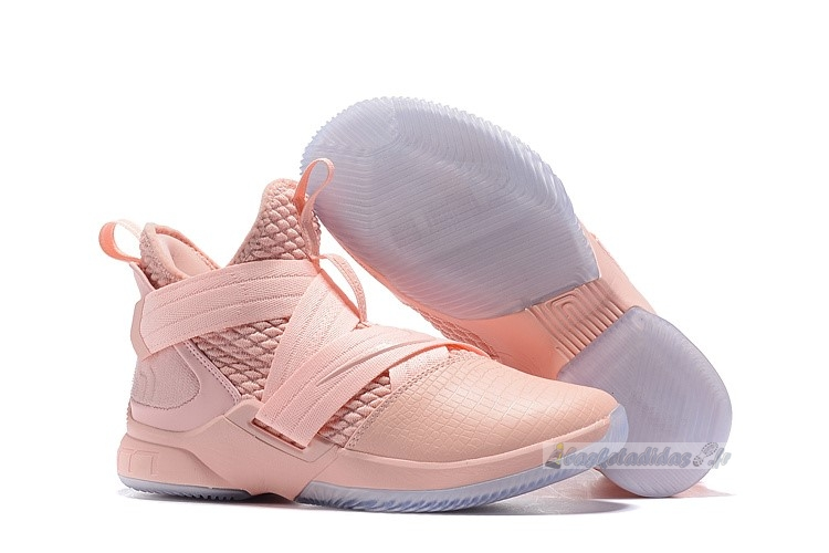 Chaussure de Basket Nike Lebron Soldier Xii 12 Rose
