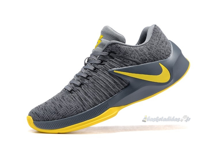 Chaussure de Basket Nike Zoom Clear Out Low Gris Jaune