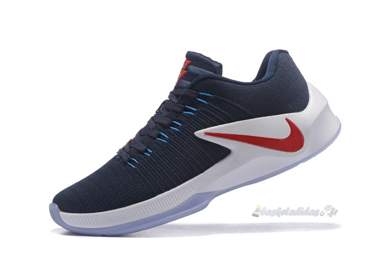 Chaussure de Basket Nike Zoom Clear Out Low Marine Rouge