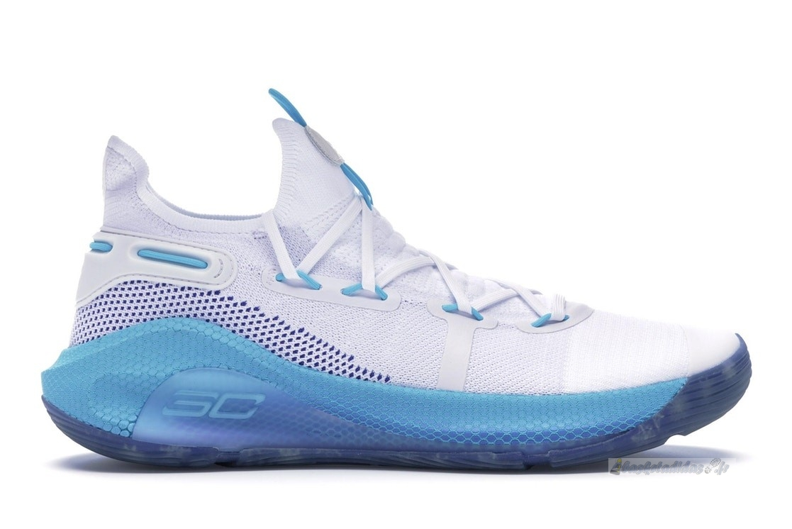 "Chaussure de Basket Under Armour Curry 6 ""Christmas In The Town"" Blanc Bleu (3022386-100)"