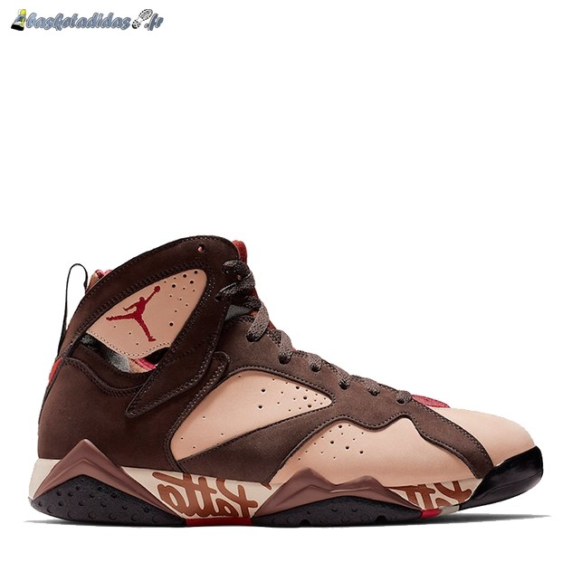 Chaussure de Basket Air Jordan 7 'Patta' Miroiter (AT3375-200)