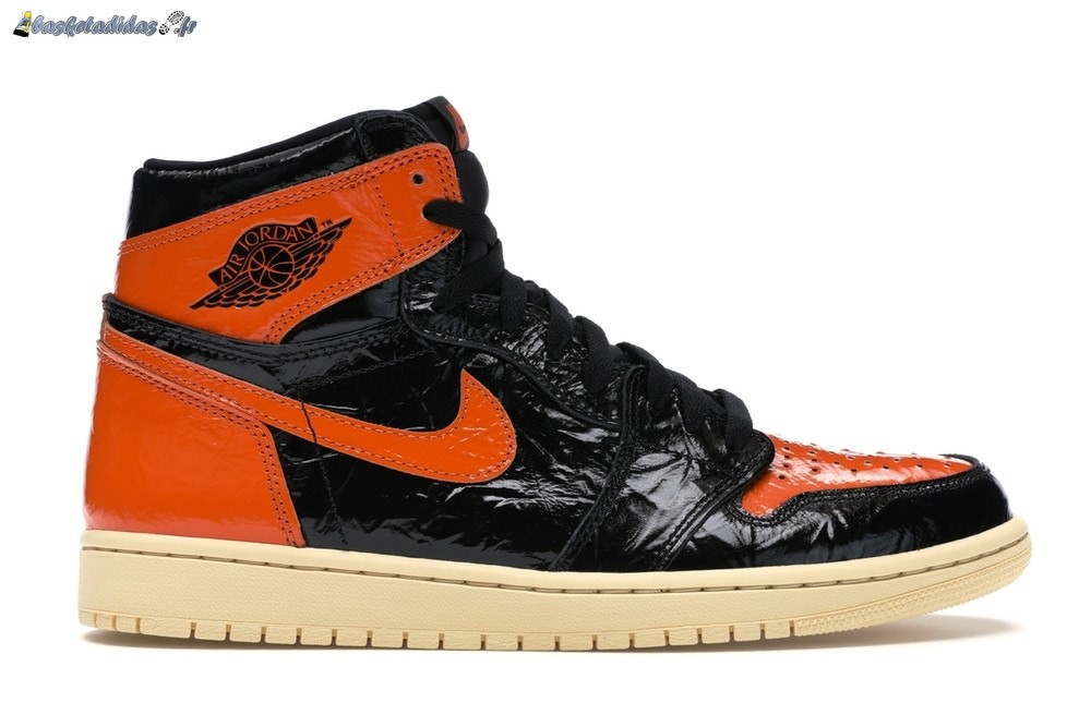 Chaussure de Basket Air Jordan 1 High Retro 'Shattered Backboard 3.0' Noir Orange (555088-028)