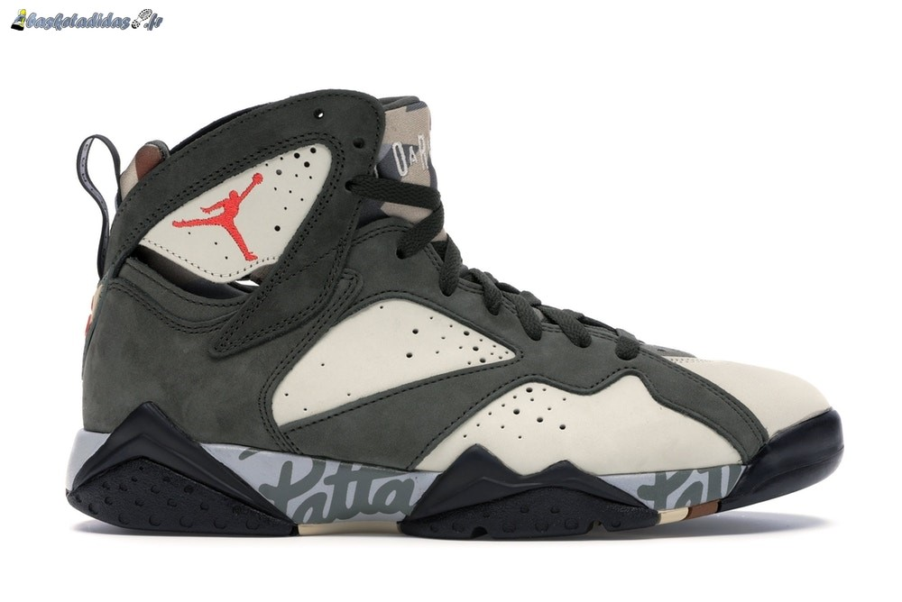 Chaussure de Basket Air Jordan 7 Retro 'Patta Icicle' Olive (AT3375-100)
