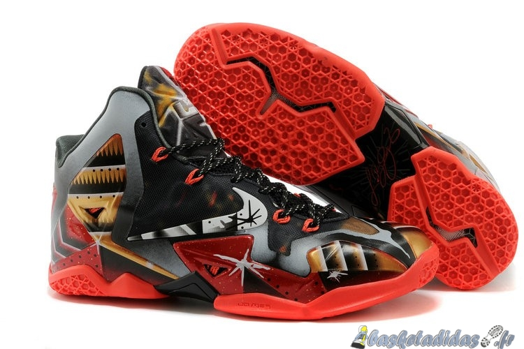 Chaussure de Basket Nike Lebron 11 Homme Noir Marron Orange